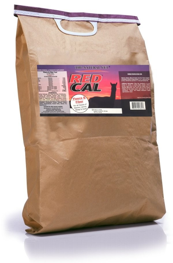 Red Cal + Fleece & Fiber Formula (25 Pound Bag)